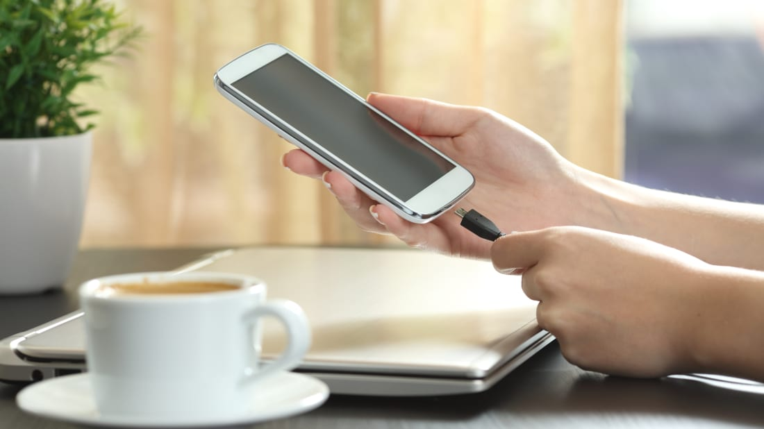 15 Easy Ways To Extend Your Phones Battery Life Mental Floss