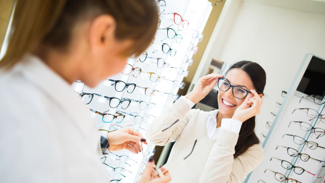 11 Secrets of Opticians | Mental Floss