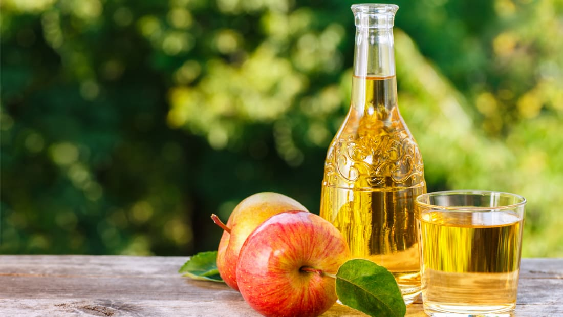 What's the Difference Between Apple Juice and Apple Cider? | Mental Floss