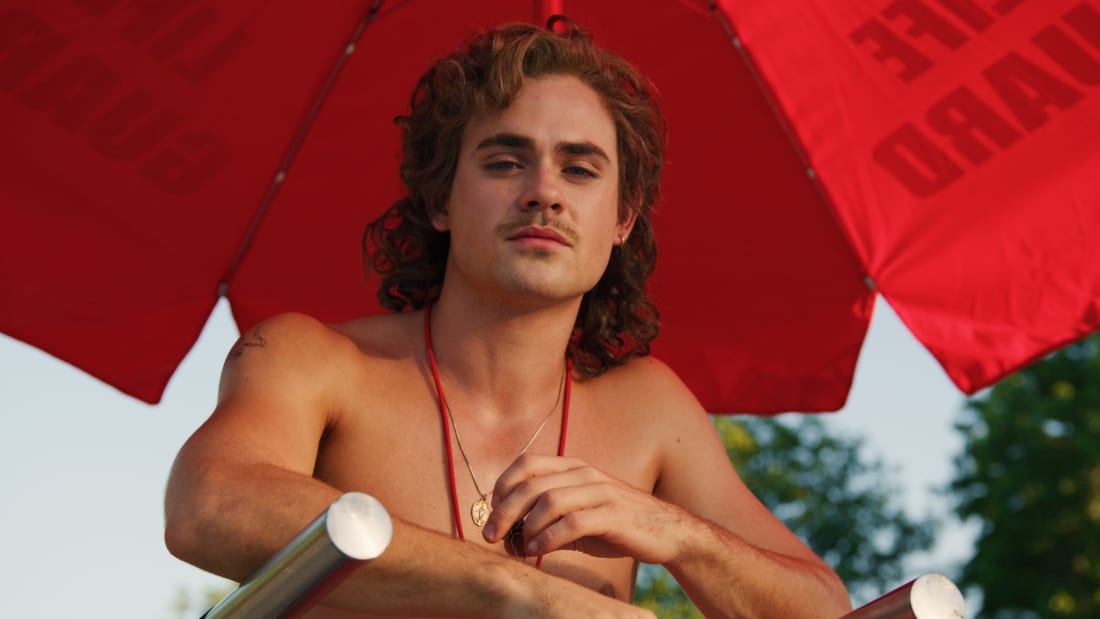 Dacre Montgomery as Billy Hargrove in Stranger Things.