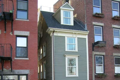 """The """"Skinny House"""" in the North End of Boston is an extremely narrow but surprisingly tall spite house."""