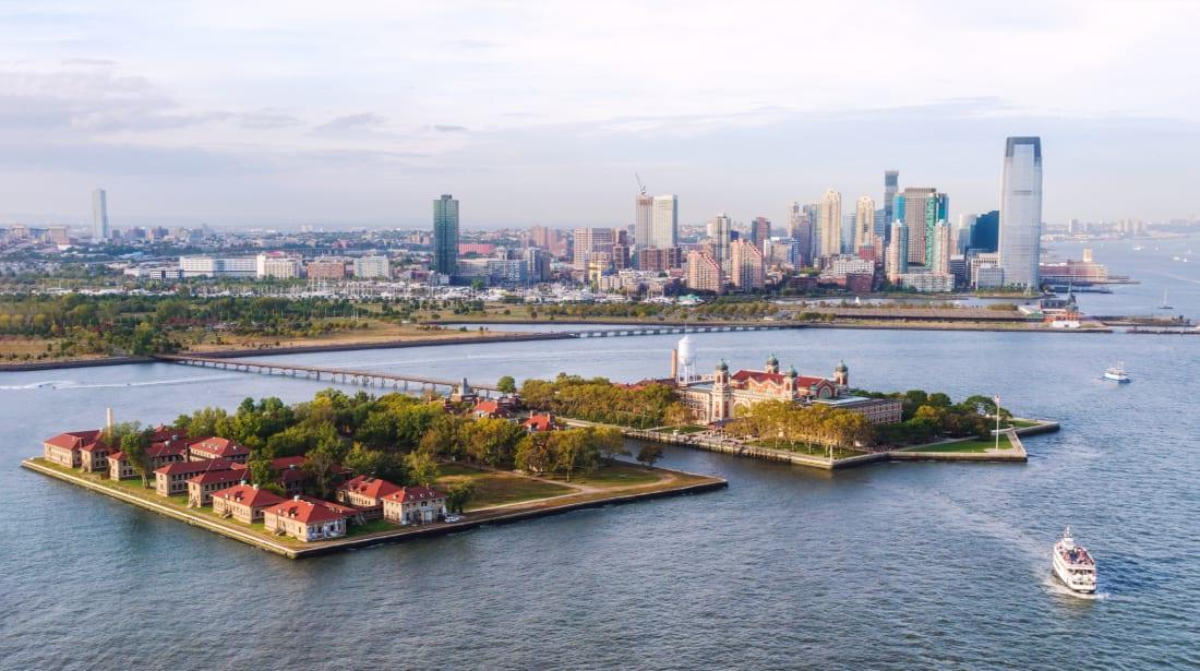Do Immigrants Still Come Through Ellis Island Mental Floss