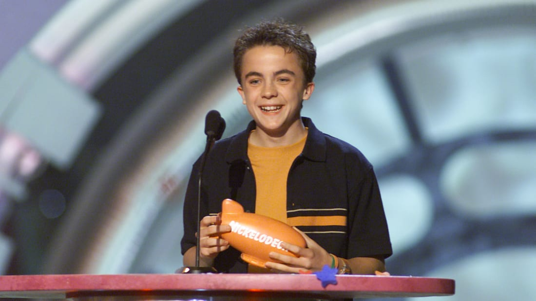 'Malcom in the Middle' star Frankie Muniz accepts the award for Favorite Television Show at Nickelodeon's 2001 Kids' Choice Awards.