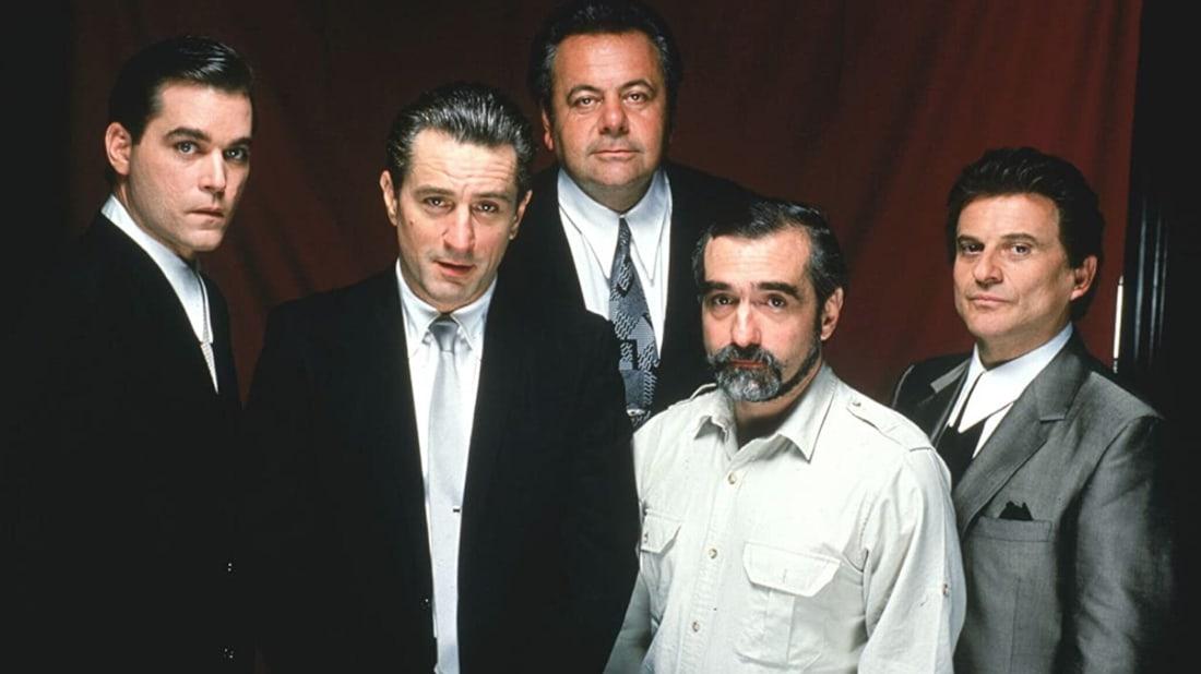 Ray Liotta, Robert De Niro, Paul Sorvino, Martin Scorsese, and Joe Pesci in Goodfellas (1990).