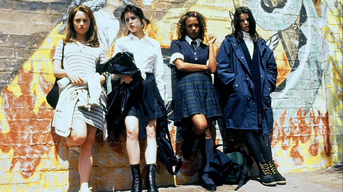 Robin Tunney, Fairuza Balk, Rachel True, and Neve Campbell in The Craft (1996).