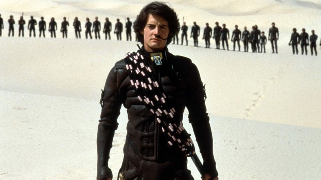 Kyle MacLachlan stars in David Lynch's Dune (1984).