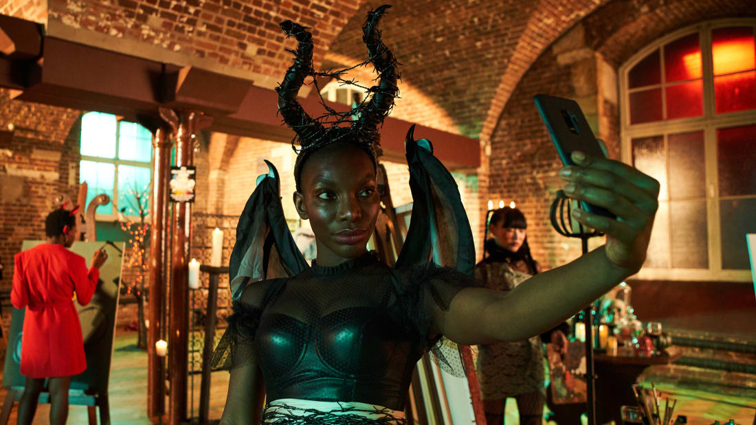 Michaela Coel stars in I May Destroy You (2020).
