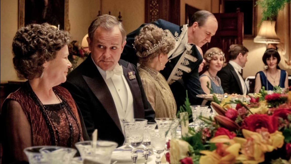 Dine as lavishly as the Earl of Grantham this holiday season with the Downton Abbey Christmas Cookbook.