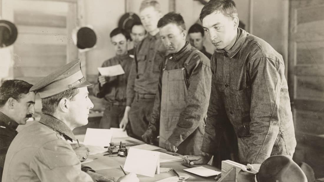 Sergeant Marshall/Department of Defense, NARA // Public Domain