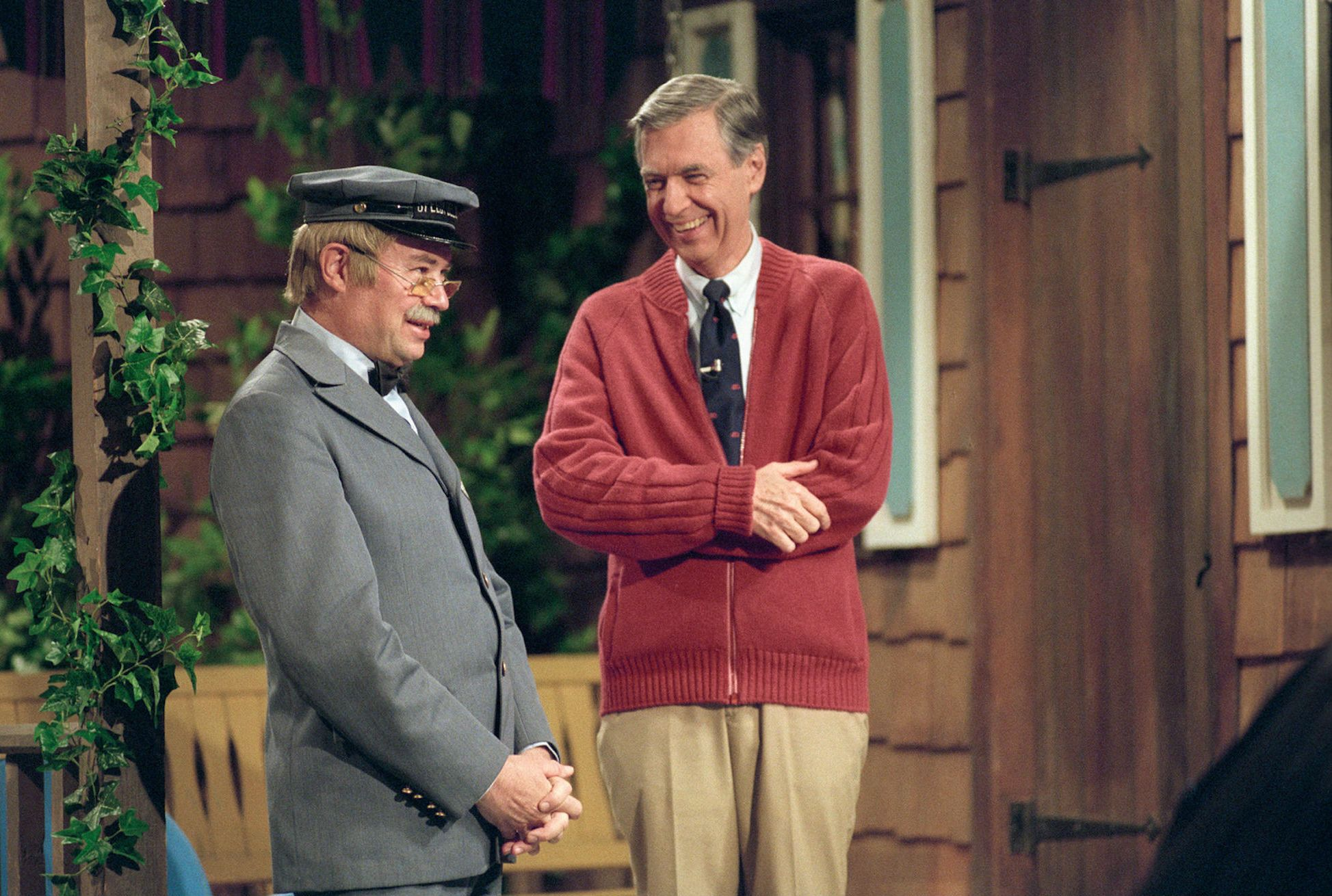 Keeping Mr Rogers Cardigans Looking Camera Ready Was No Easy Task Mental Floss