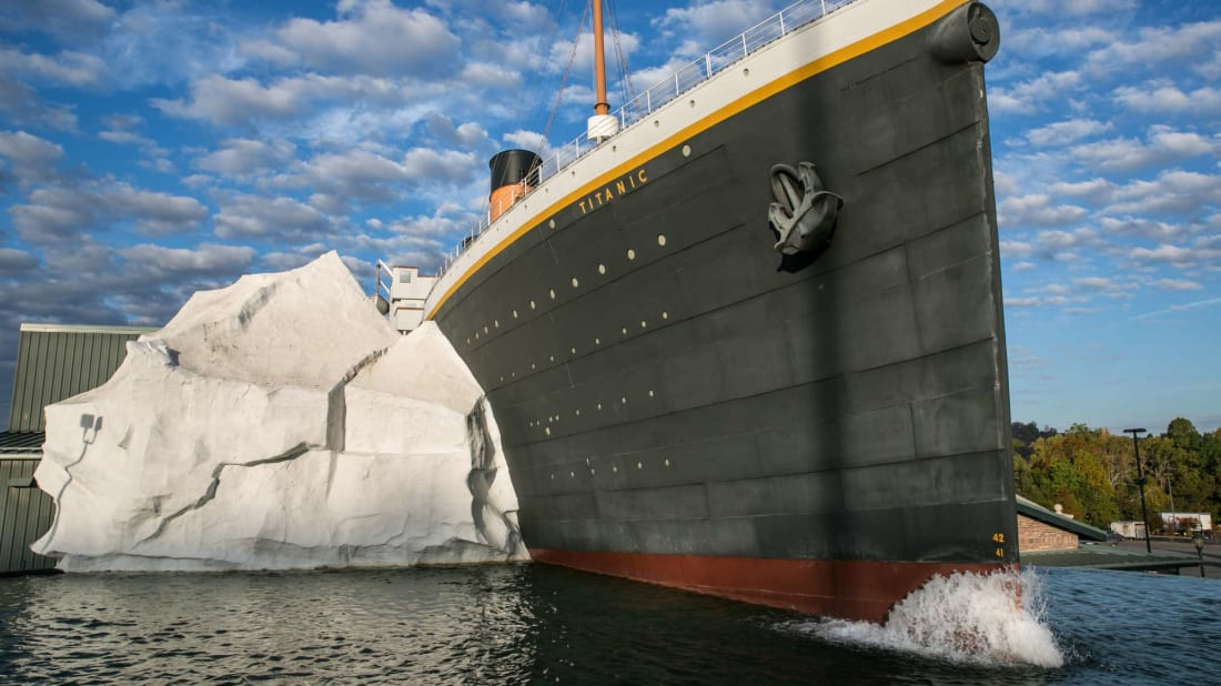 This iceberg replica is innocent—the toppled wall is inside the museum.