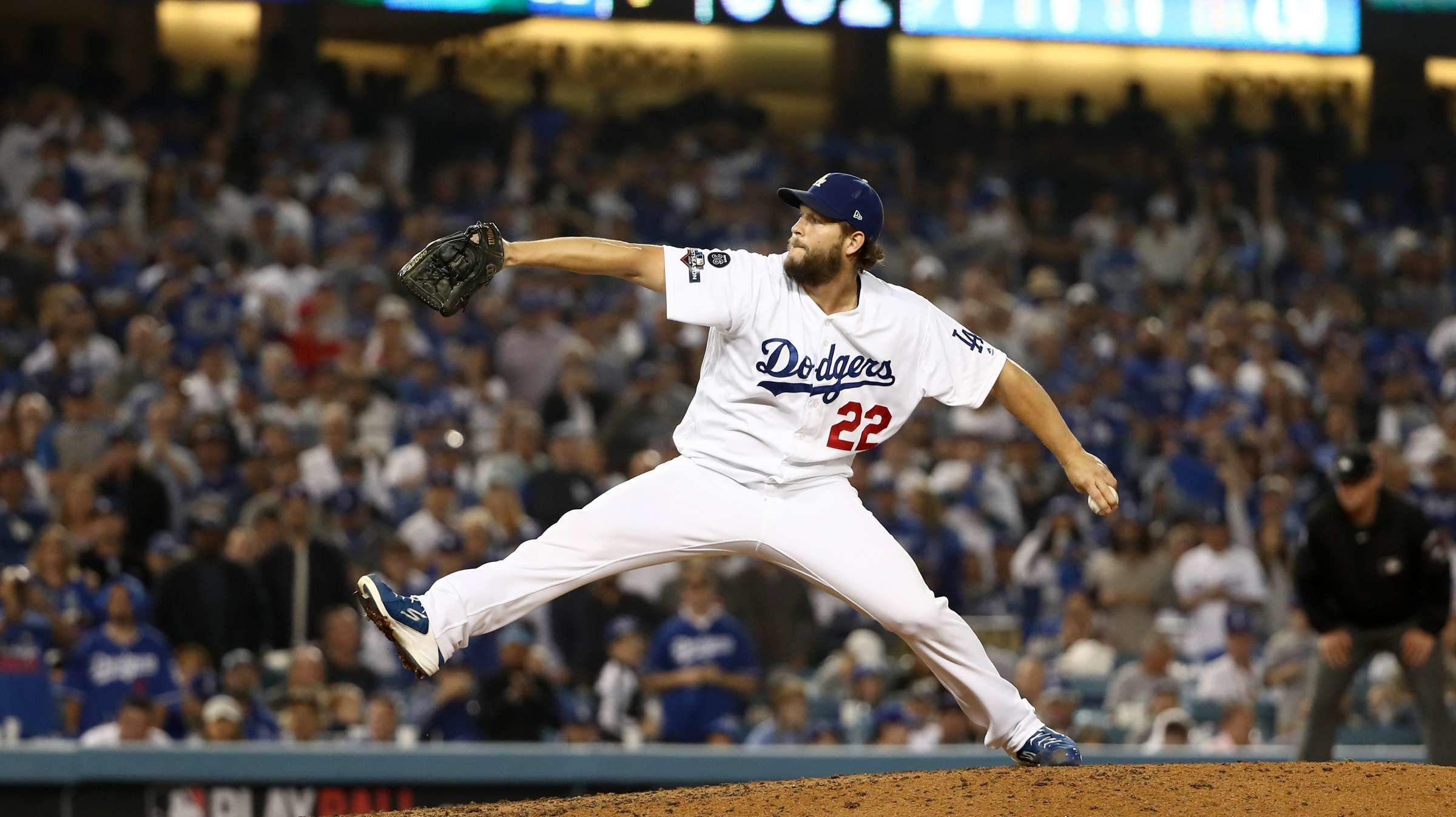 6 Surprising Ways Baseball Actually Favors Lefties
