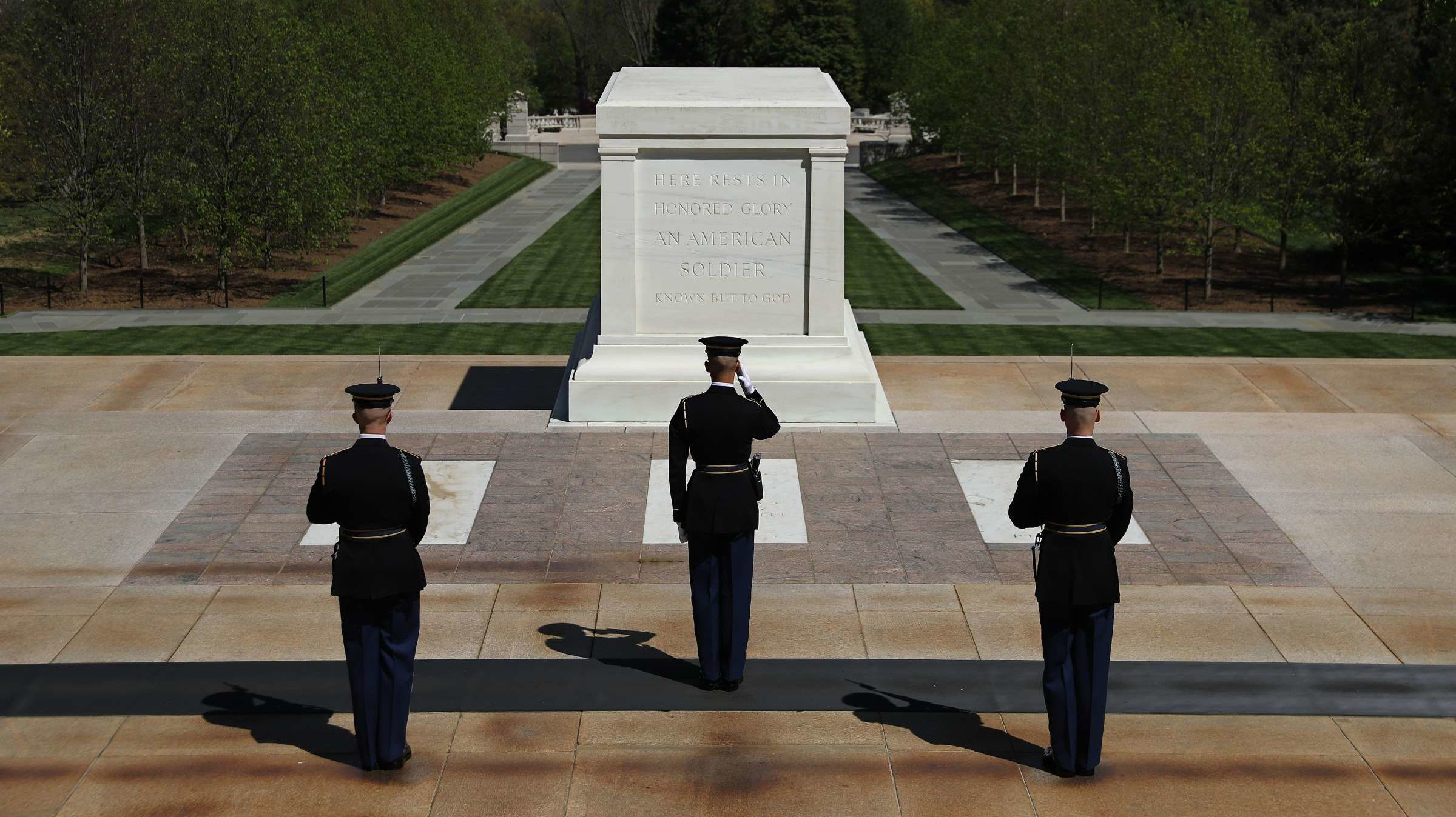 4 Memorial to Glory