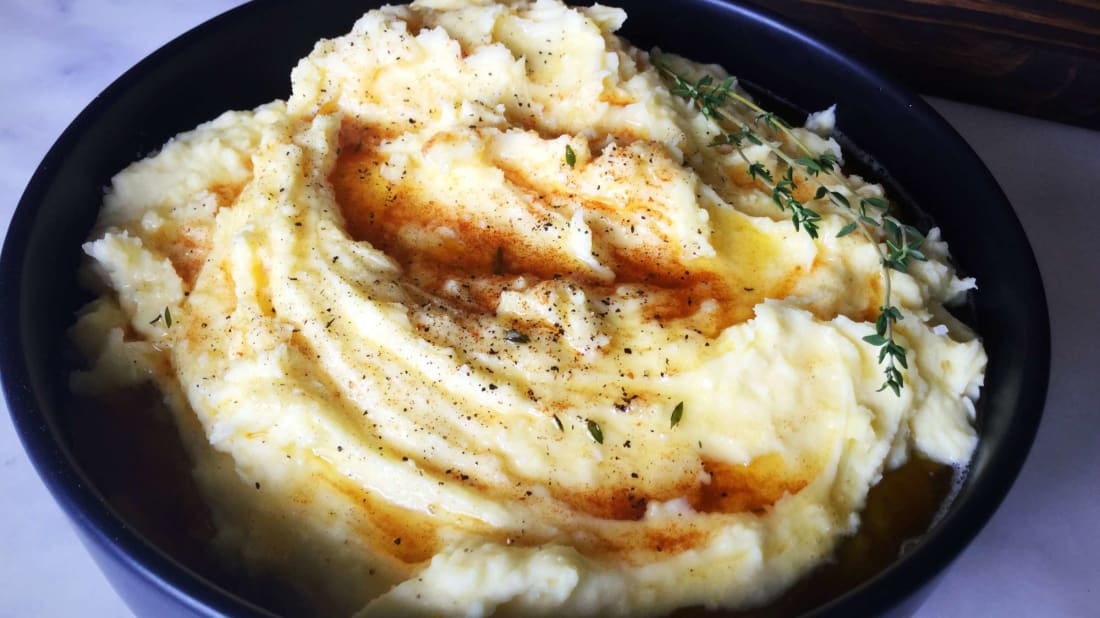 A Simple—and Delicious—Trick for Making the Creamiest Mashed Potatoes