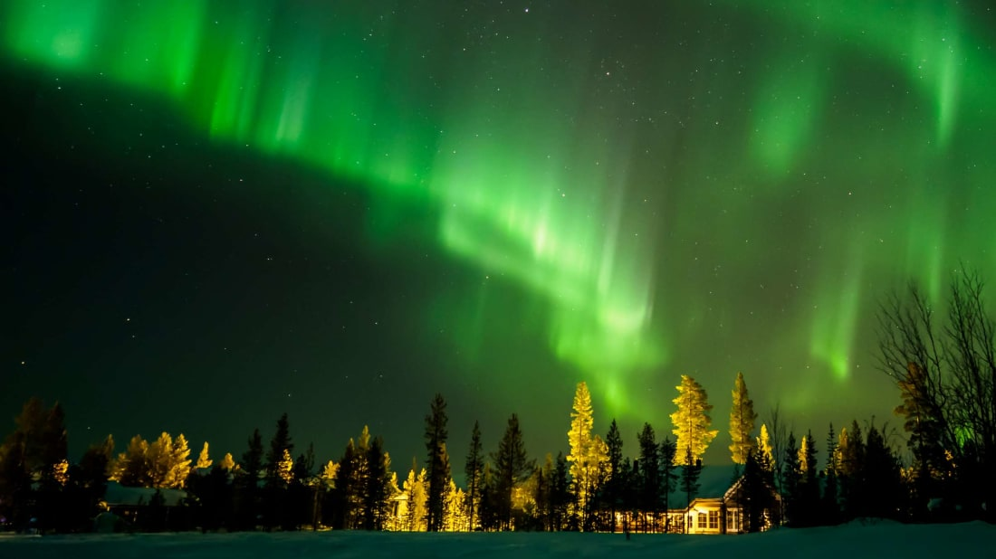 A nameless northern lights show in Ylläs, Finland.