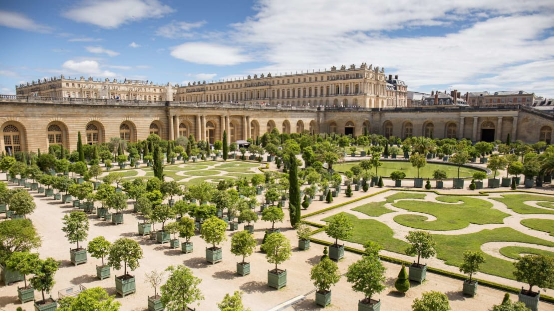 The Palace of Versailles is one of several palaces you can stay in.