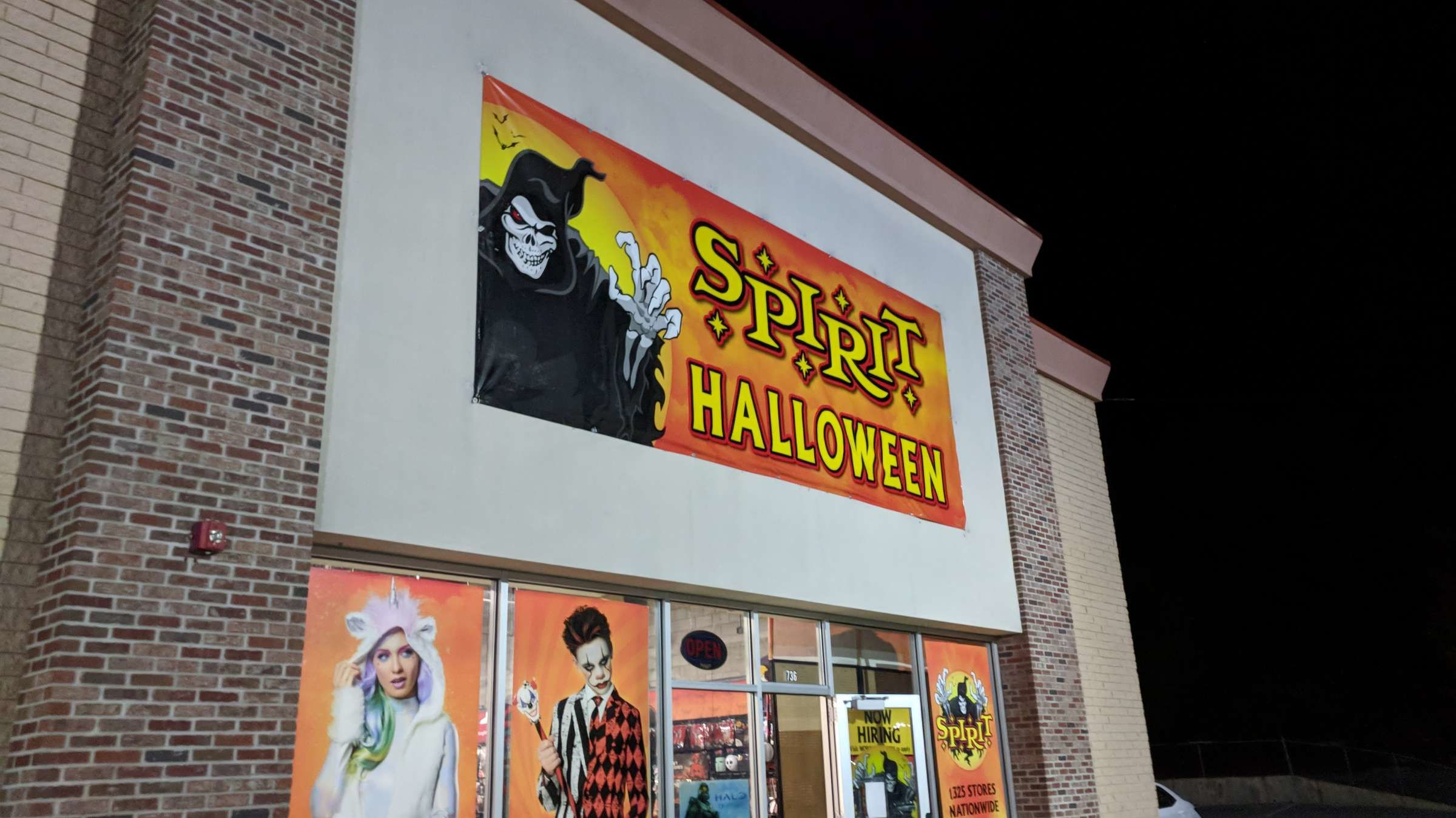 8 Spooky Facts About Spirit Halloween