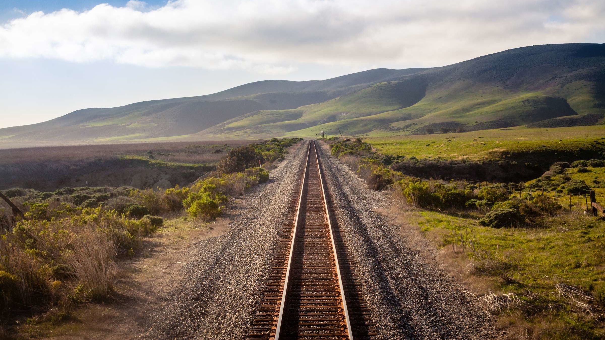 This Train Trip Hits Every Corner of America in a Week for Less Than $1000