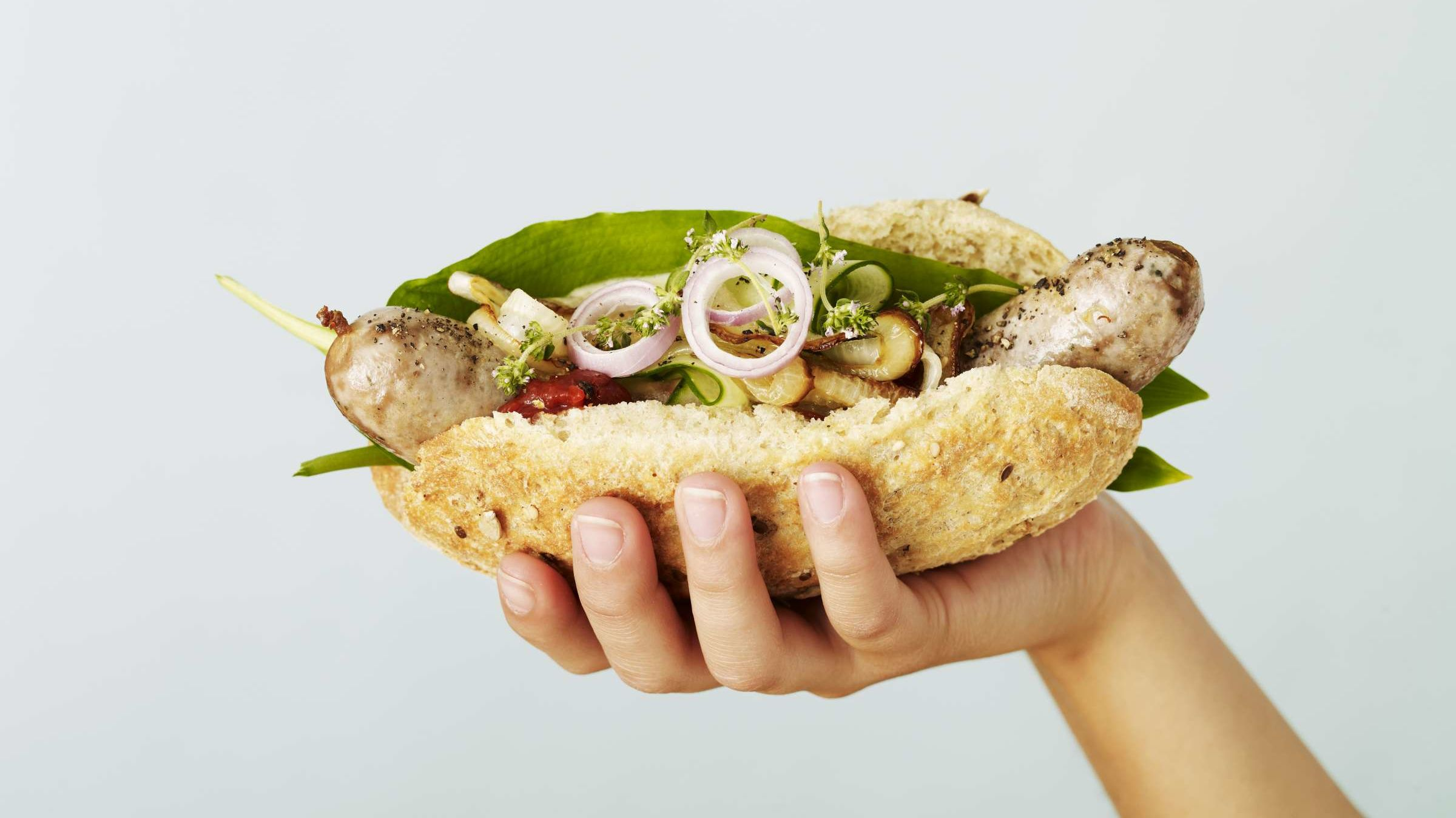 12 Delicious Hotdogs From Around the World