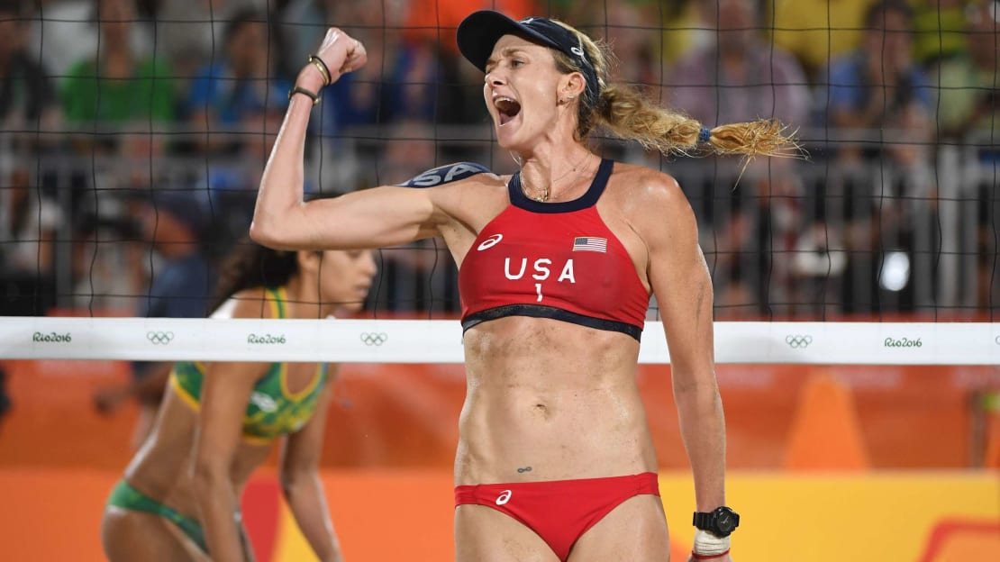 Kerri Walsh Jennings during a match against Brazil at the 2016 Olympic Games in Rio de Janeiro.