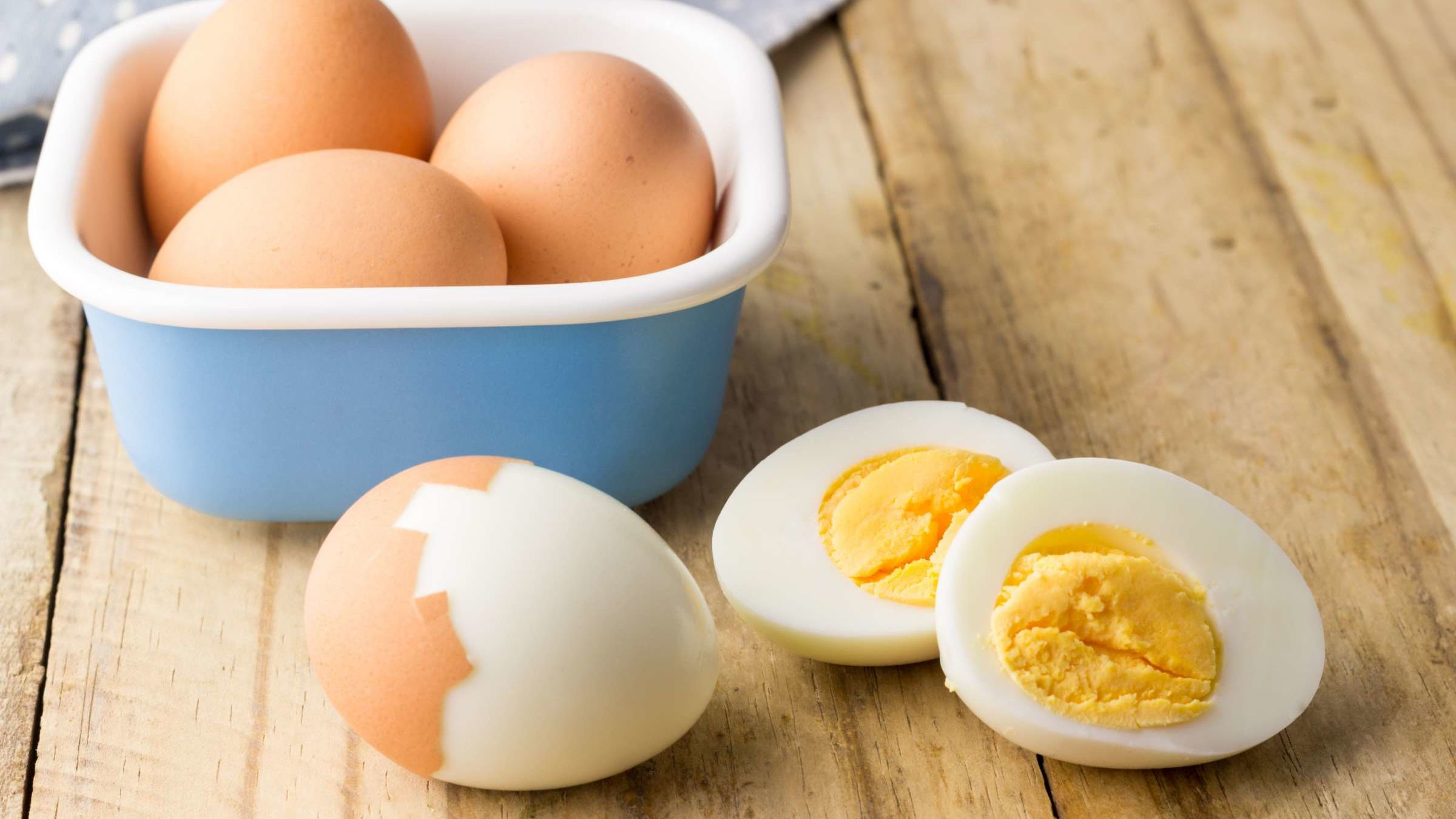 This Two-Second Trick Makes It Easier to Cook and Peel Hard-Boiled Eggs