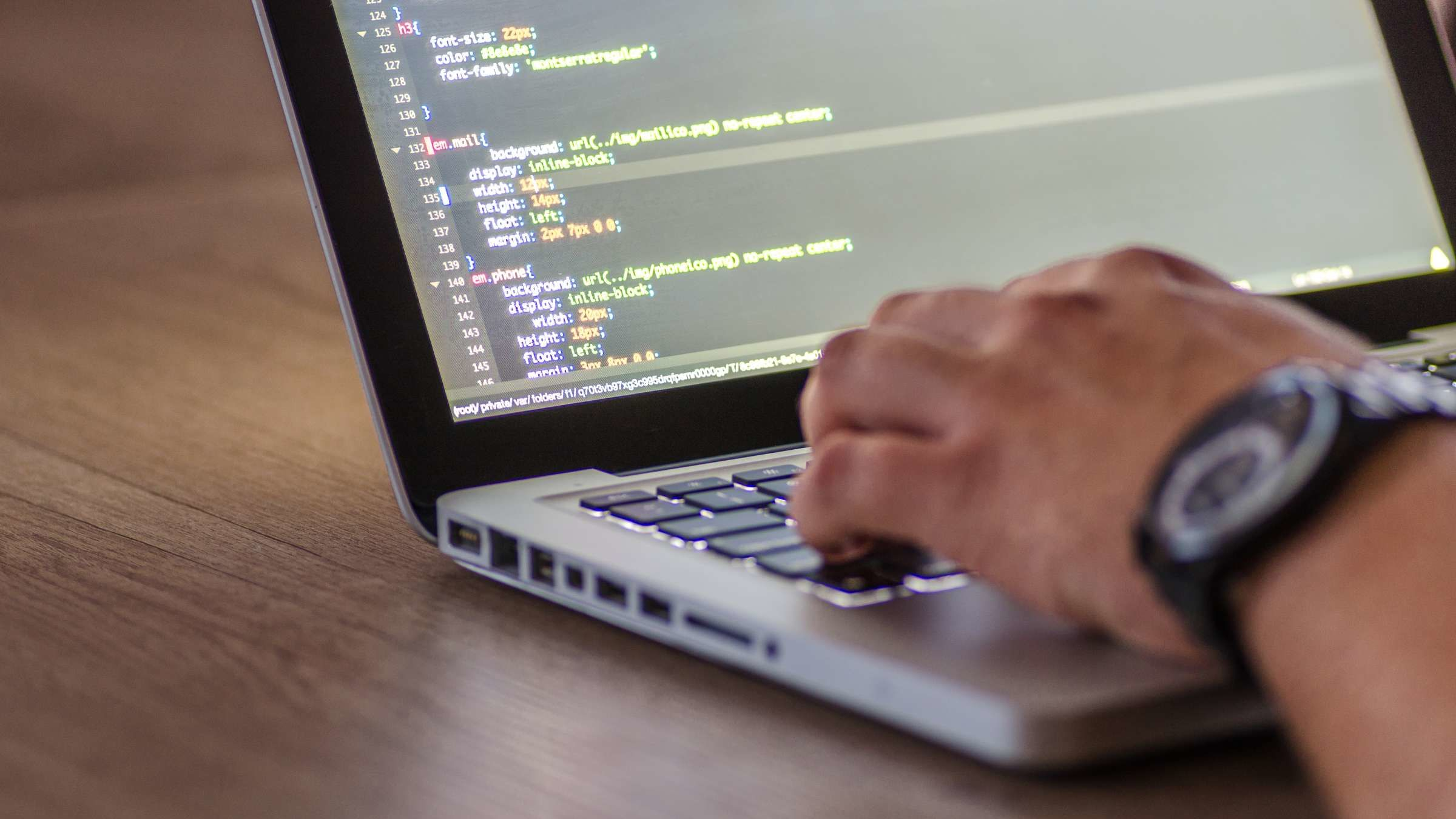 Want to Learn Coding? These 10 Online Courses Can Get You Started
