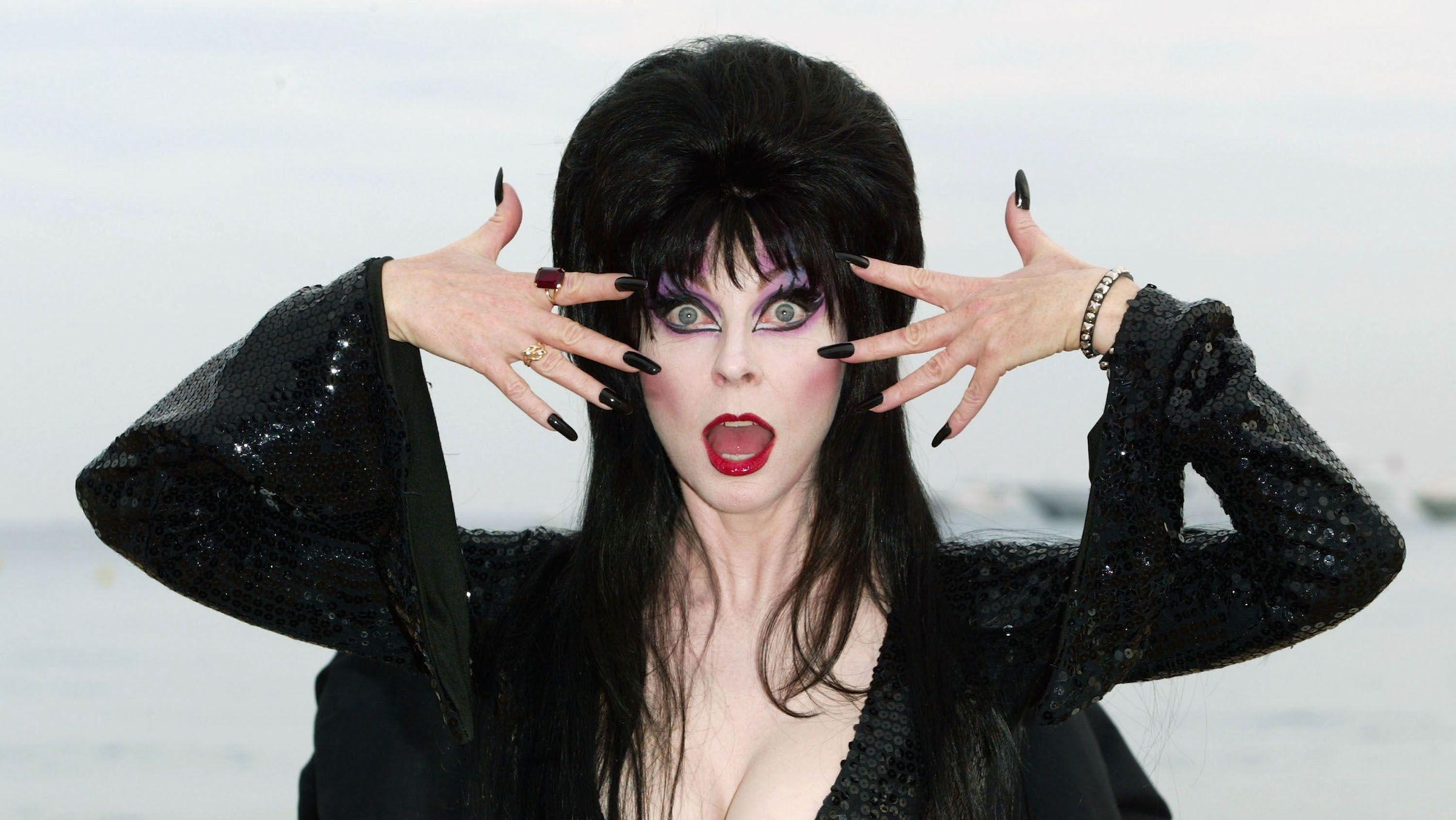 14 Fiendish Facts About Elvira, Mistress of the Dark