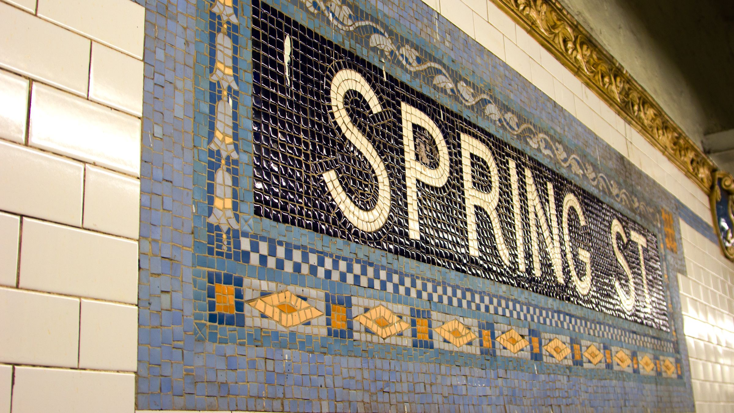Meet the Artist Who Has Been Sketching New York City Subway Stations for 40 Years