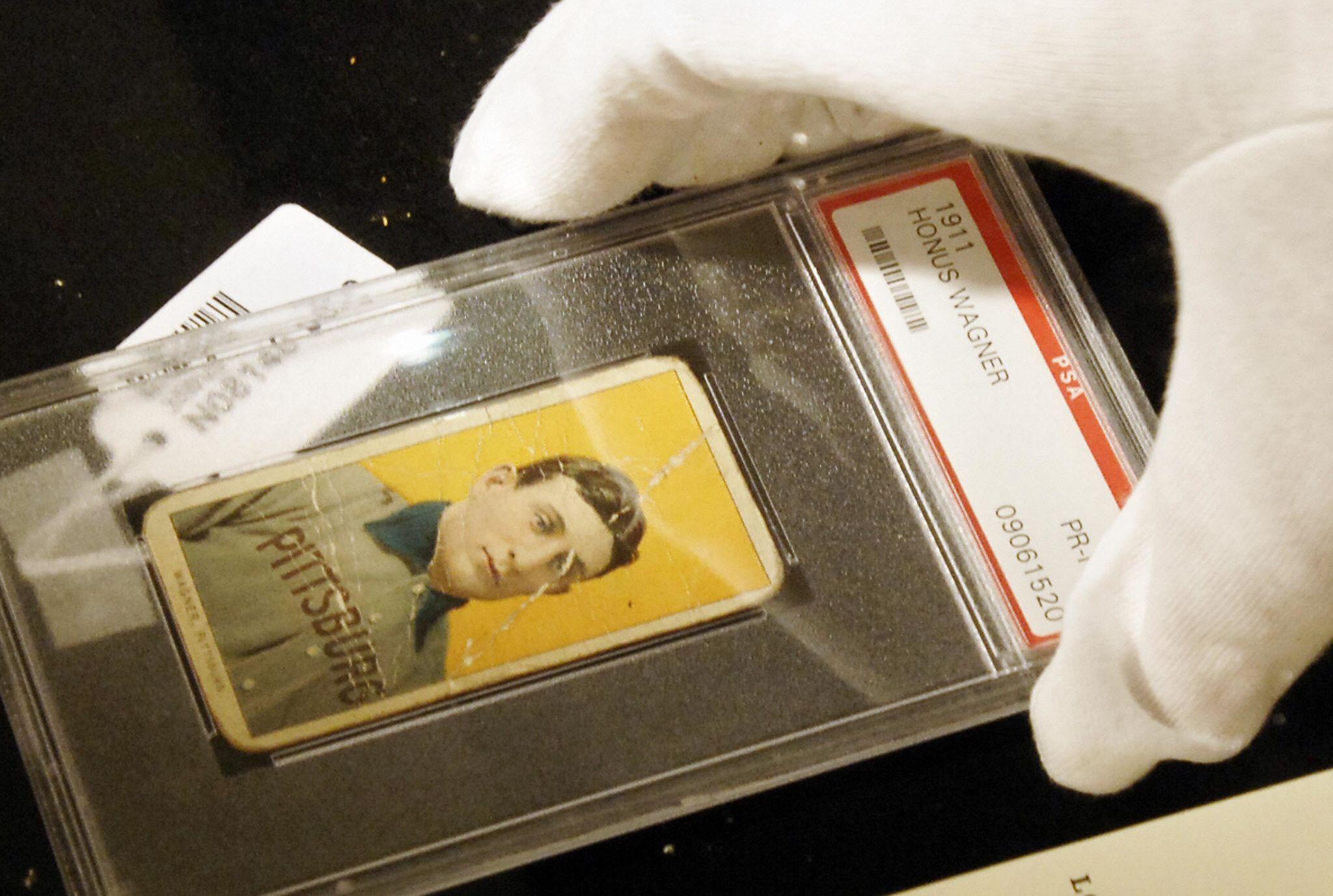 Baseball Treasures 200 Collectible Baseball Cards Original Issue Trading Cards