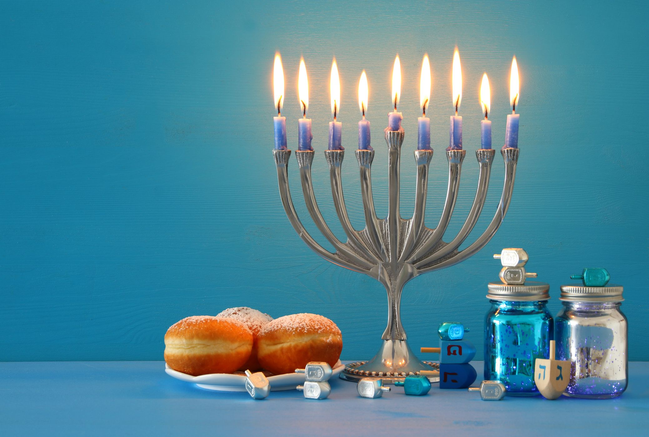 "American Girl HANUKKAH GIFT SET for 18/"" dolls Holiday Dreidel Jewish NEW Rebecca"