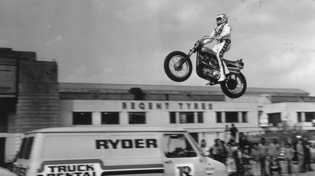 8 of Evel Knievel's Most Memorable Stunts | Mental Floss