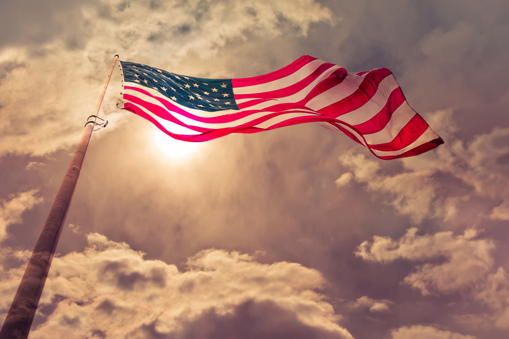 37f9c02c434b How to Fly the American Flag   Mental Floss