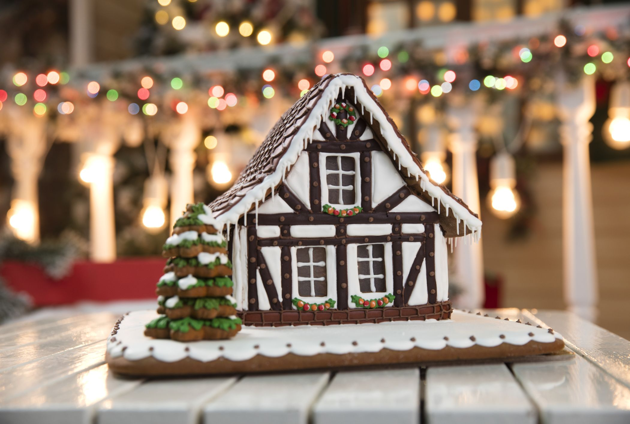 These Stunning Gingerbread Houses Were Built By Professional