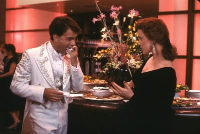 Tom Hanks and Elizabeth Perkins in Big (1988).