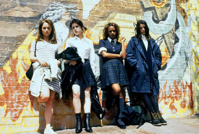 Robin Tunney, Fairuza Balk, Rachel True, and Neve Campbell in The Craft (1996).