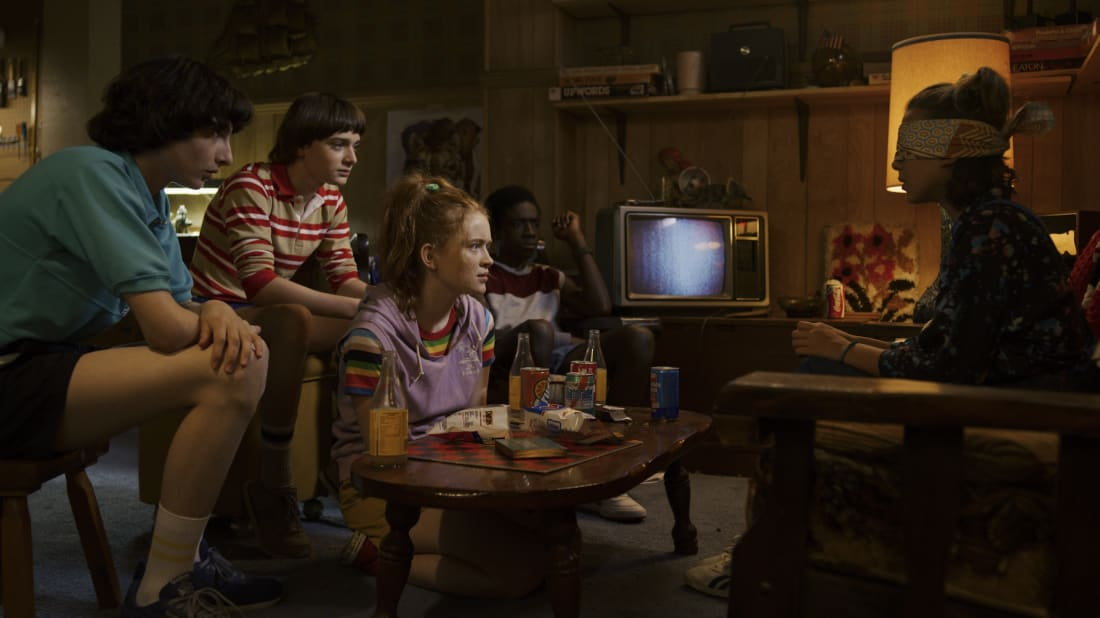 Finn Wolfhard, Noah Schnapp, Sadie Sink, Caleb McLaughlin, Millie Bobby Brown, and Sadie Sink in Stranger Things.