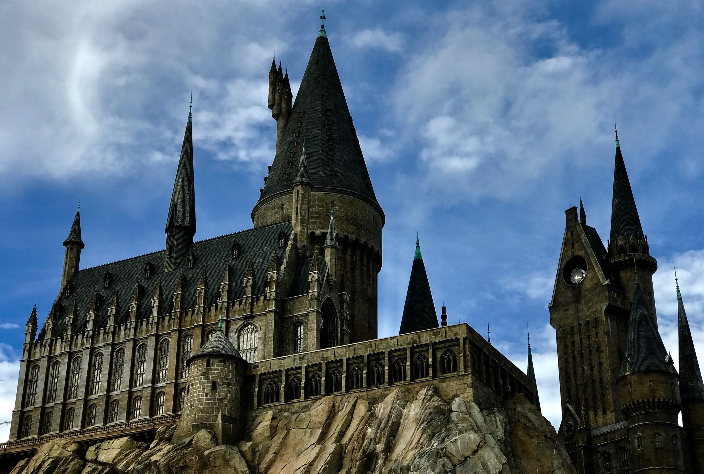 Harry Potter Zoom Call Backgrounds | Mental Floss