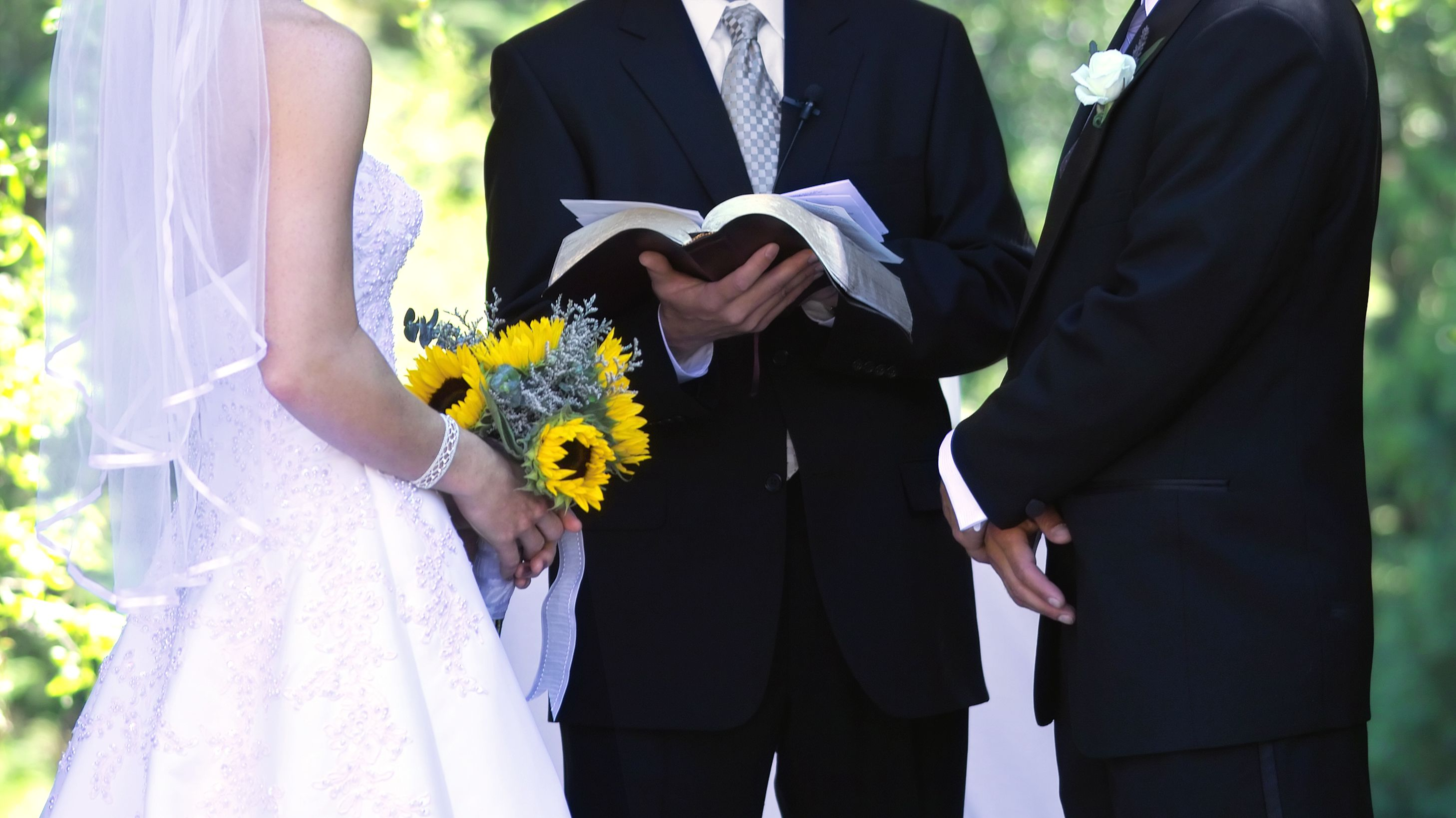 The Reason Why Grooms Stand to the Right of Brides