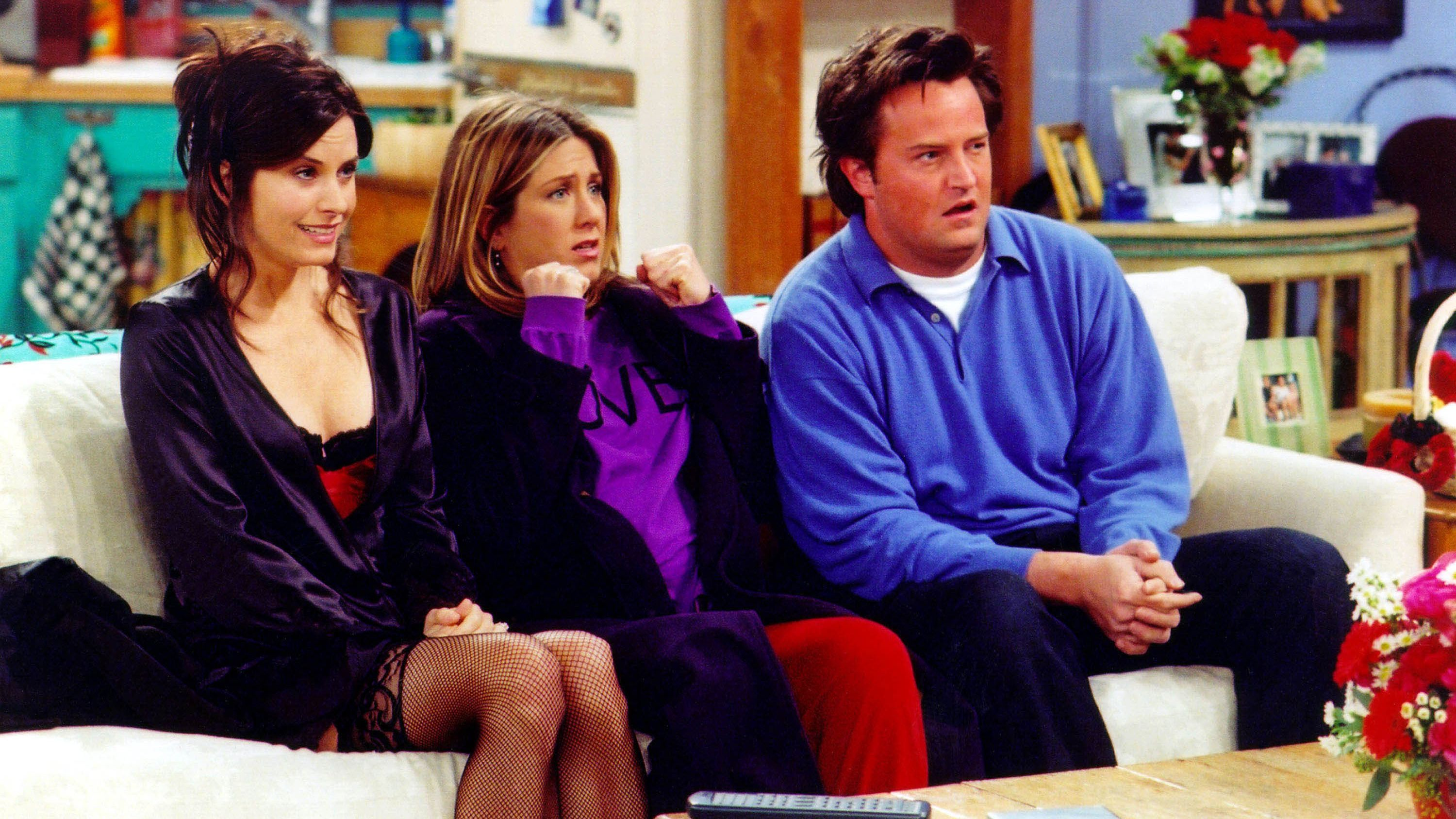 A Company Wants to Pay You $1000 to Watch 25 Hours of Friends