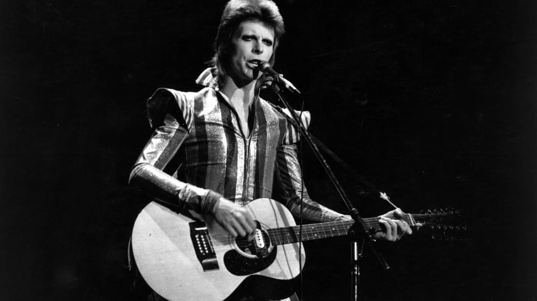 8 Facts About David Bowie's 'Space Oddity' | Mental Floss