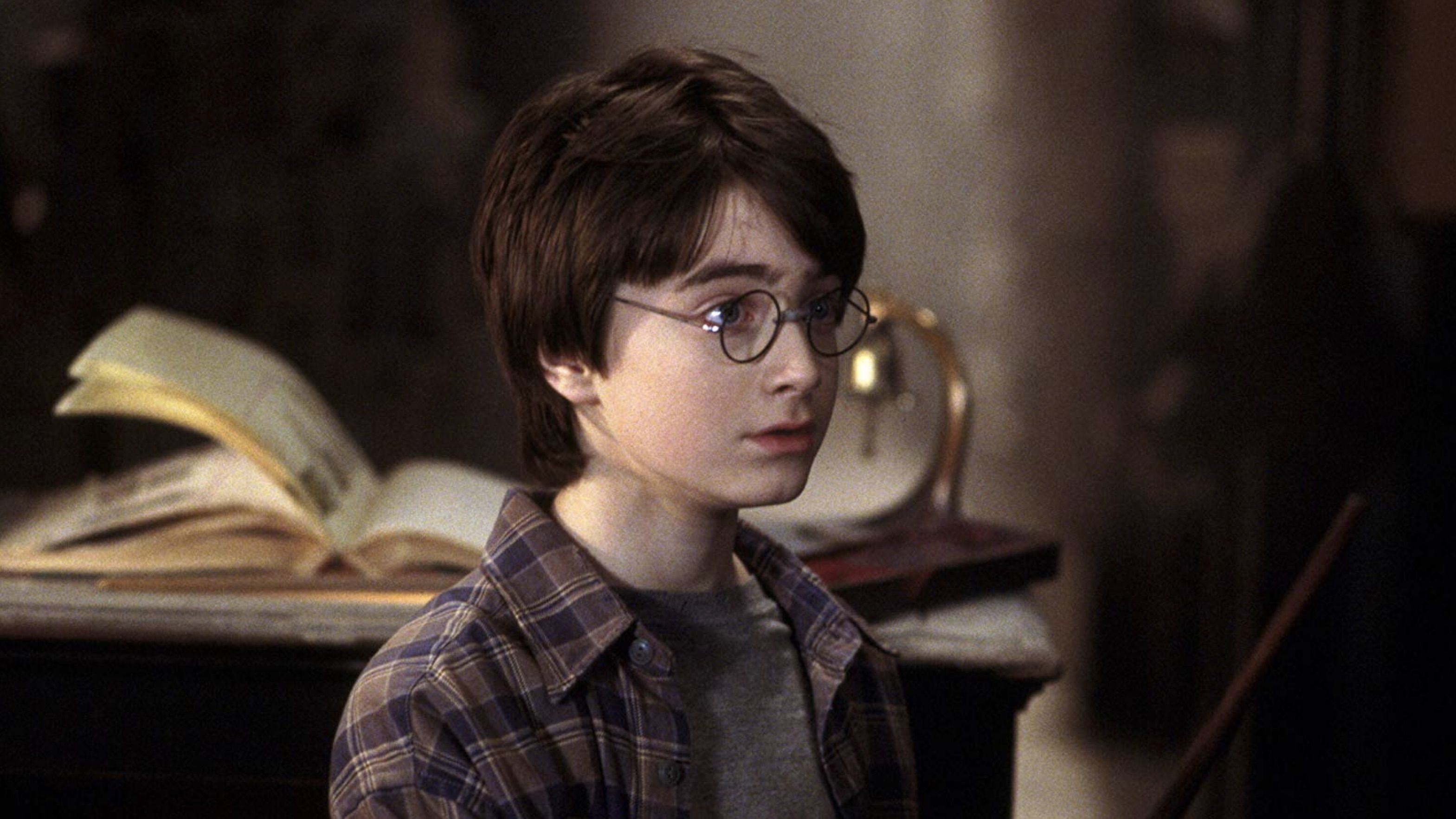 The Reason Harry Potter S Eyes Changed From Green In The Books To Blue In The Movies Mental Floss