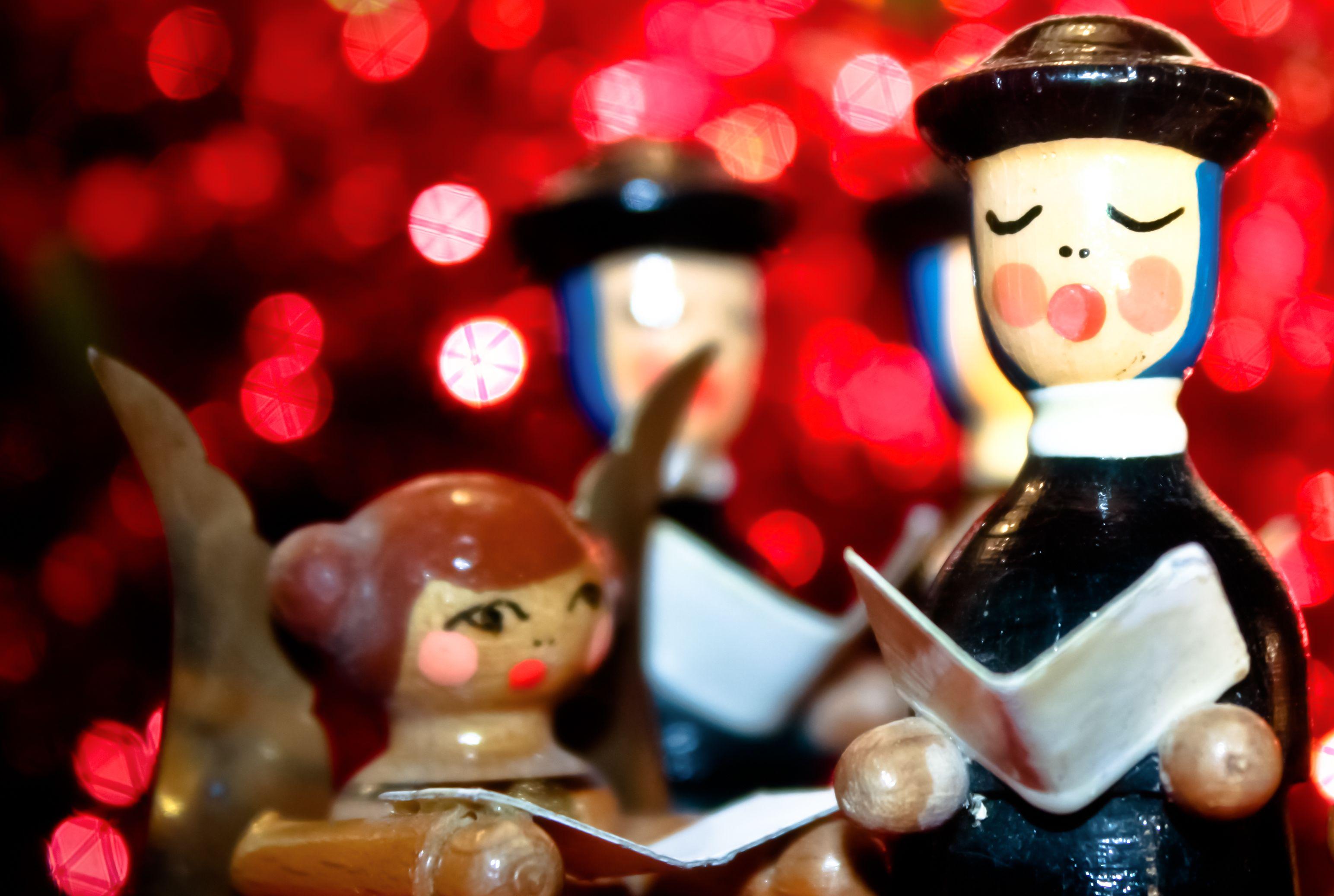 Merry Xmas Chris Heart Shaped Mini Tin Gift filled with mini coloured chocolates perfect card alternative for Chris Fun Festive Santa Design