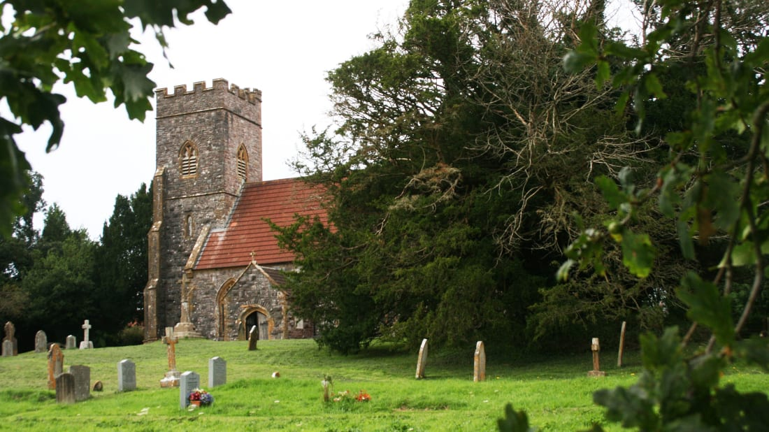The Ashbrittle church and its ancient yew tree