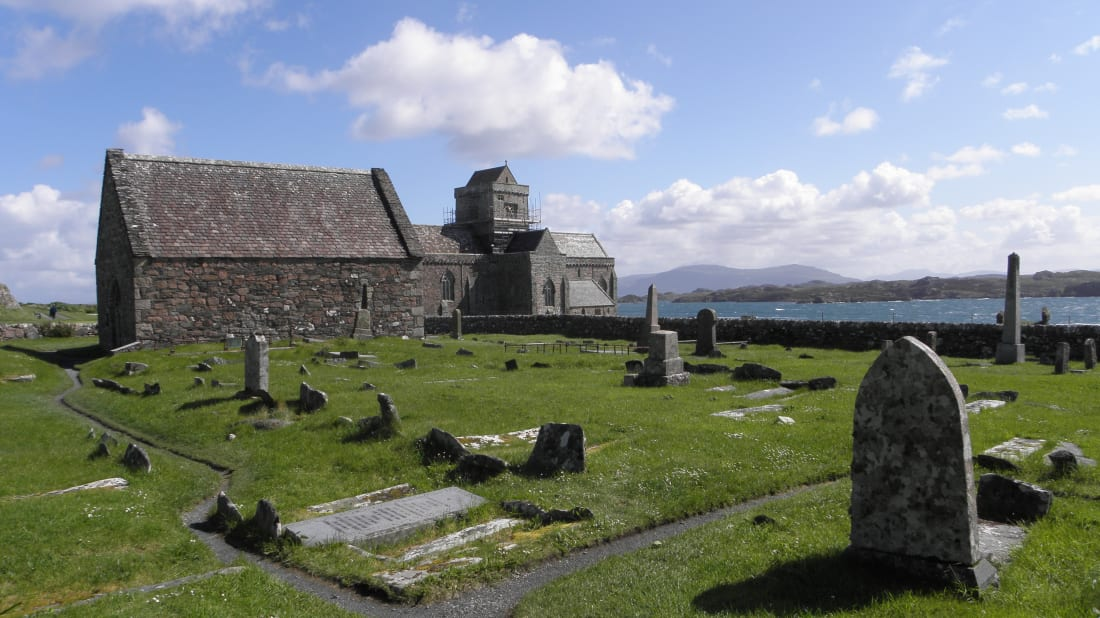 The graveyard at St. Oran's Chapel