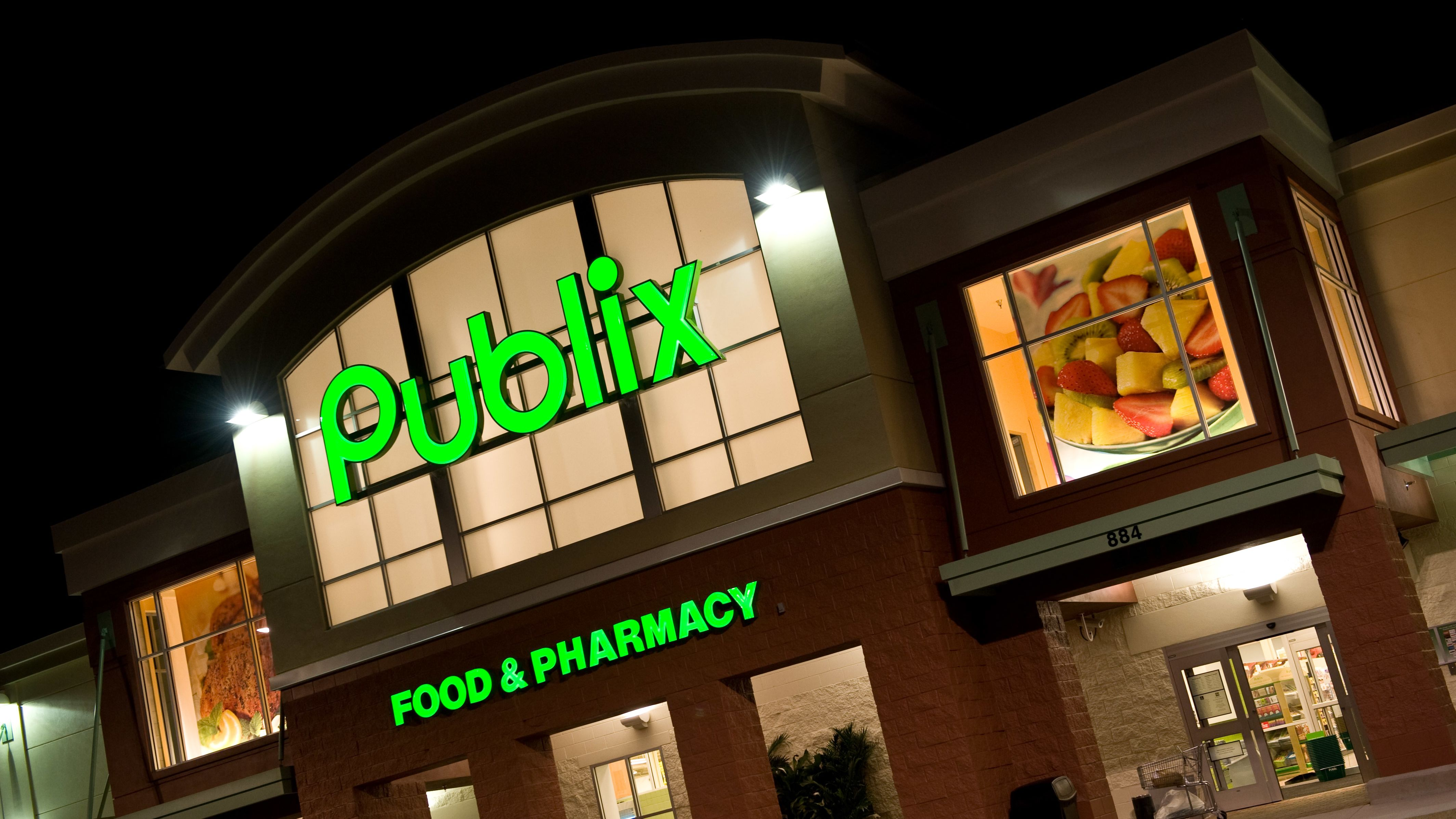 The Disputed Origins of Publix's Chicken Tender Subs