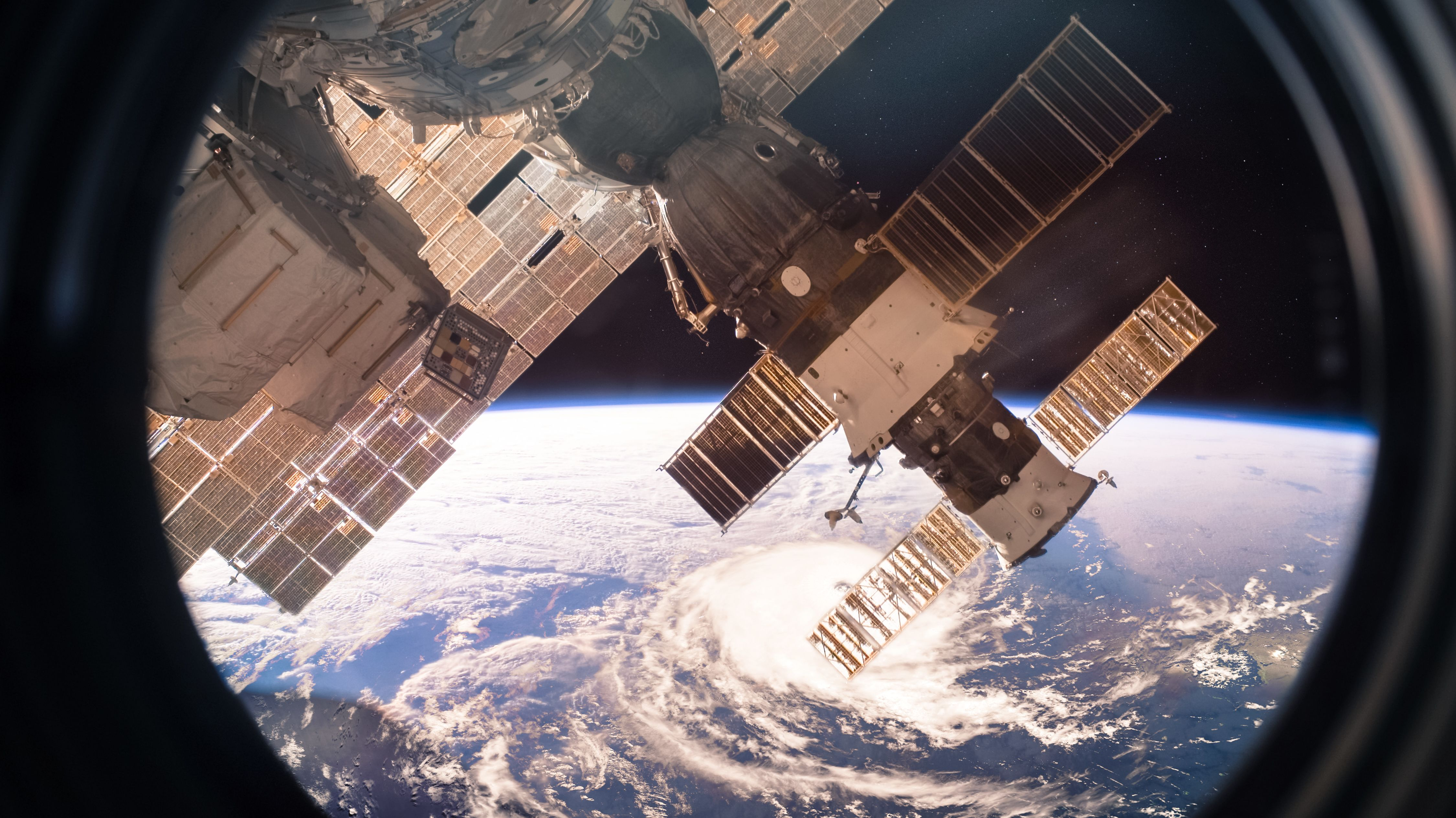 What Is the Kitchen Like on the International Space Station? - Mental Floss