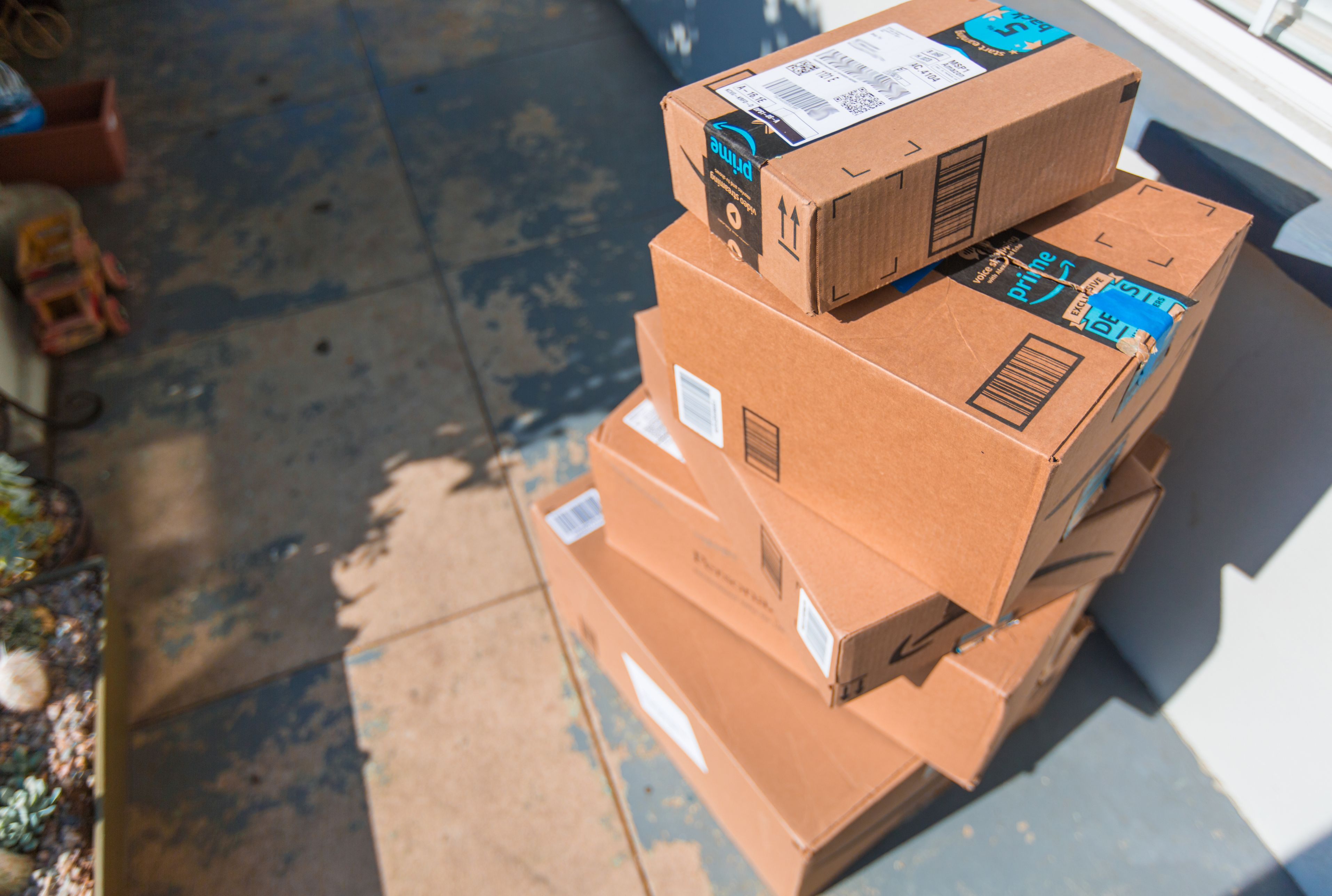 Beware Of Amazon Packages You Didn T Order It Could Be A Scam Mental Floss