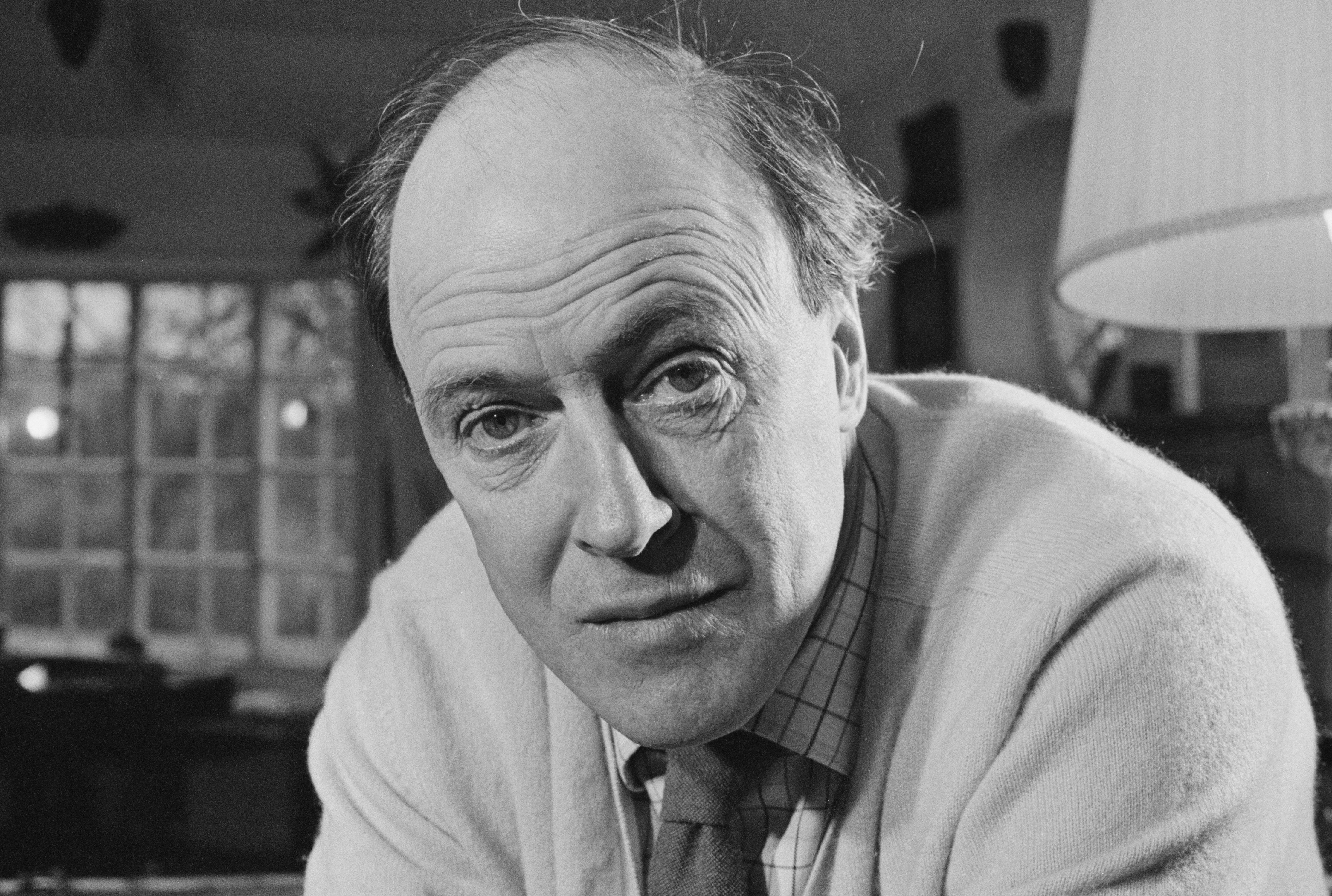 11 Scrumdiddlyumptious Roald Dahl Facts | Mental Floss