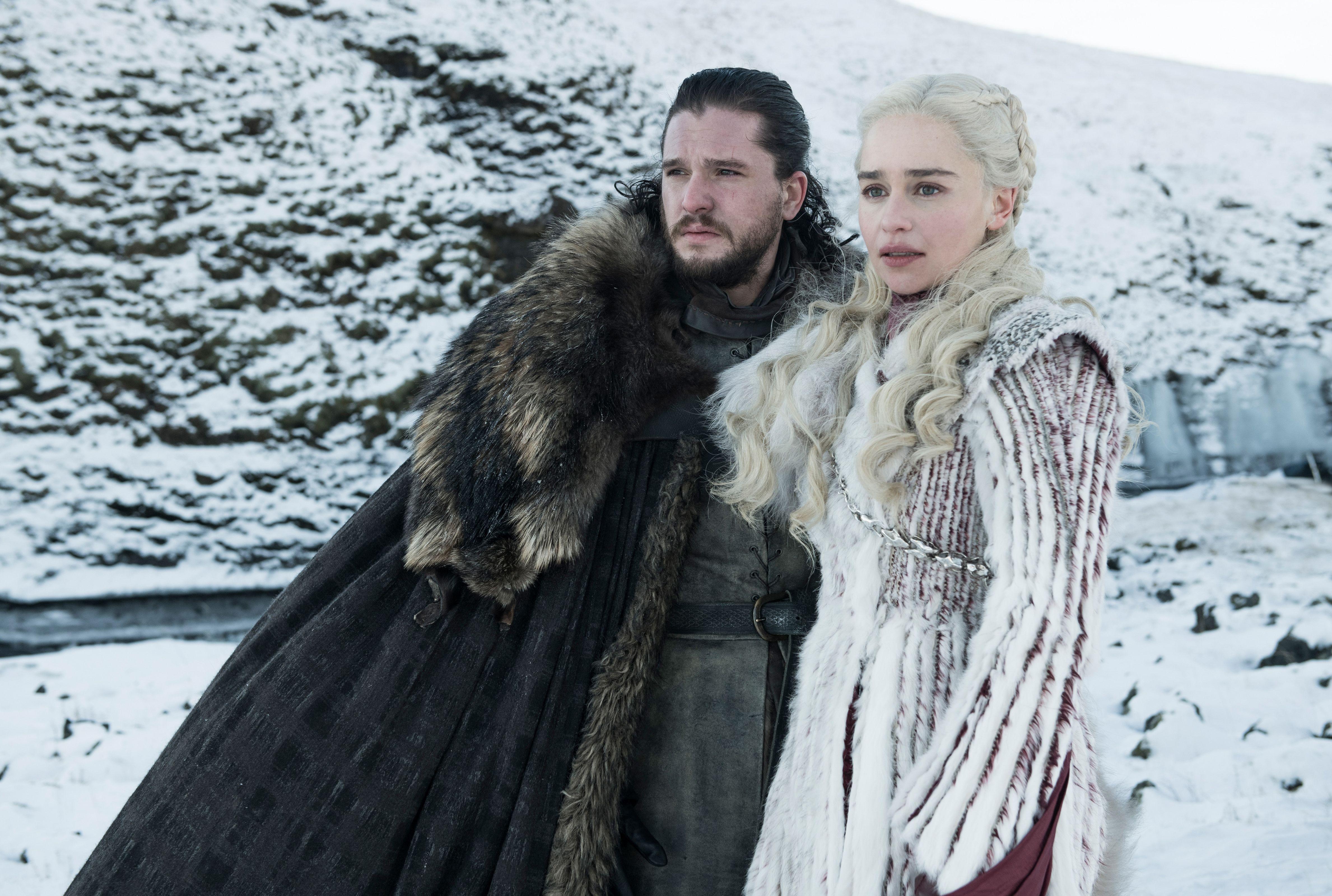 Kit Harington and Emilia Clarke in Game of Thrones