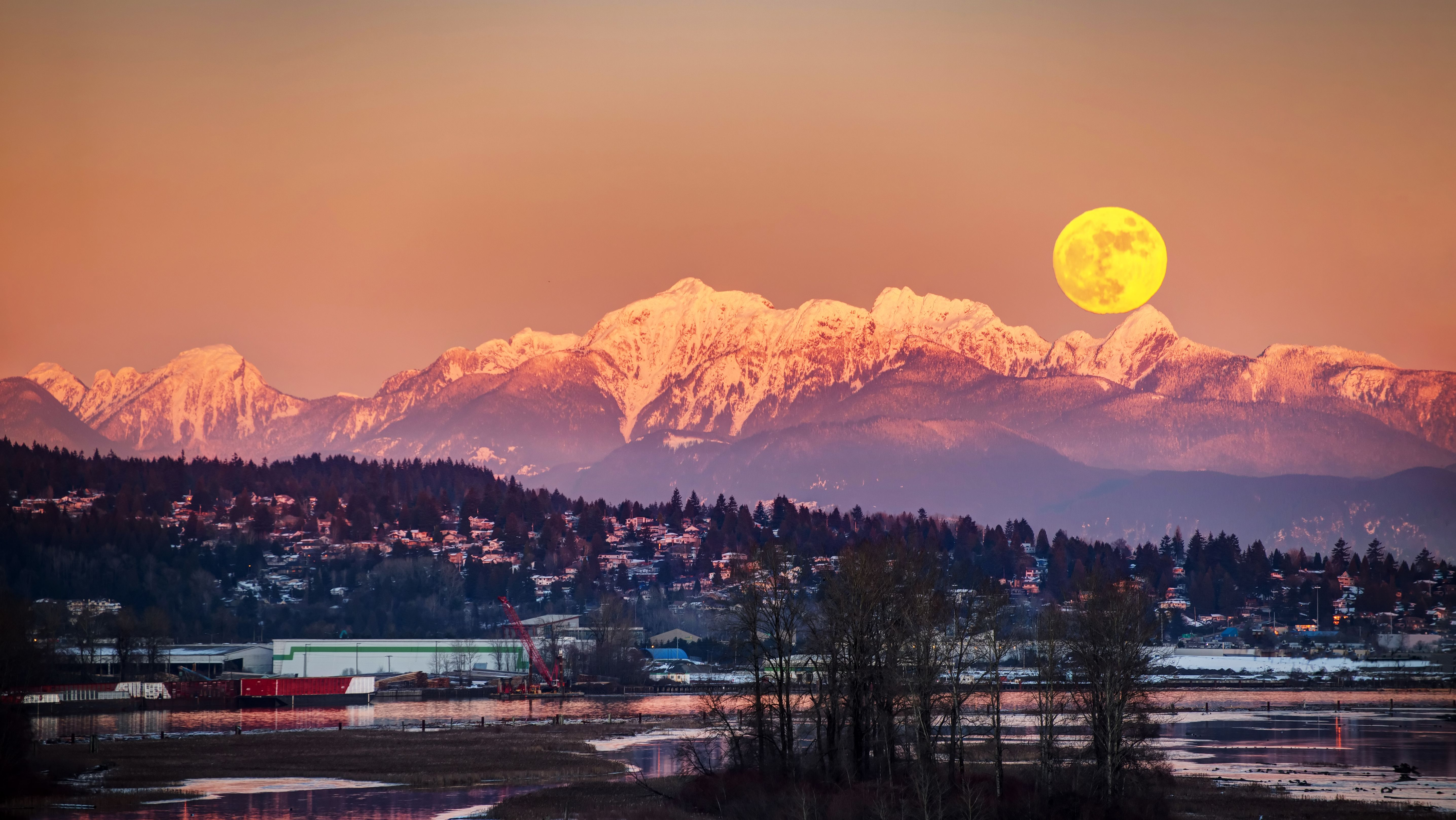 A Snow Moon—the Year's Brightest Supermoon—Will Be Visible Next Week - Mental Floss